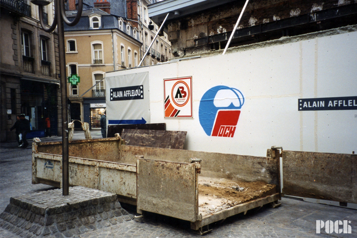 Spraycan on paper - Rennes - 2001